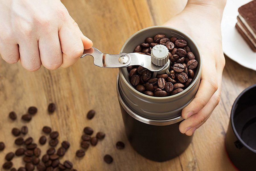 Best Manual Coffee Grinder: Make A Perfect Blend Of Coffee